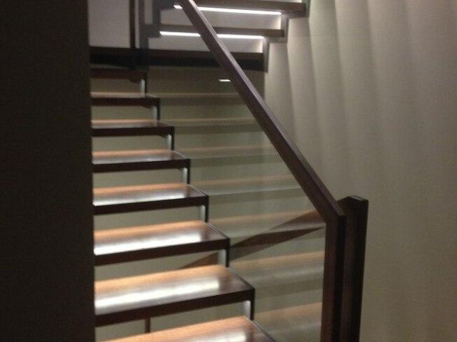 Лестница на металлическом каркасе DF10 3