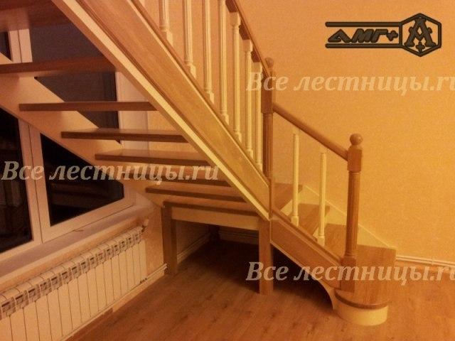 Деревянная лестница D-38 3