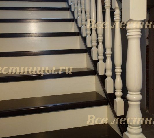 Деревянная лестница D-45 2