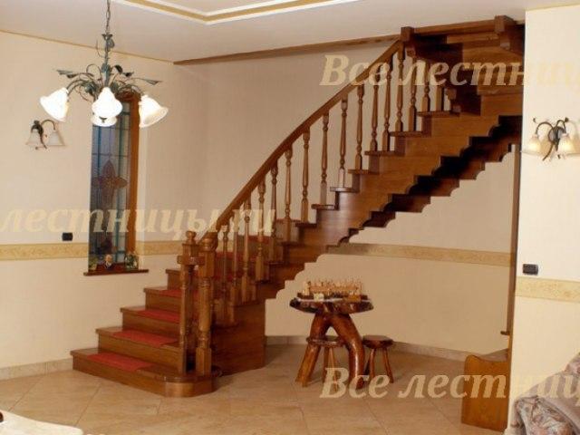 Деревянная лестница D-64 1