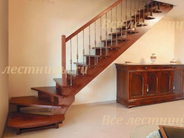 Деревянная лестница D-75 1
