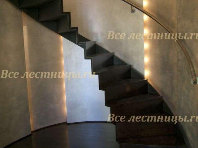 Лестница на металлическом каркасе M-46 1