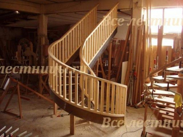 Деревянное лестничное ограждение DO-15 1