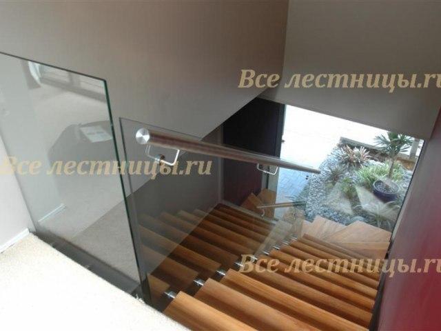 Стеклянное лестничное ограждение SO-16 1