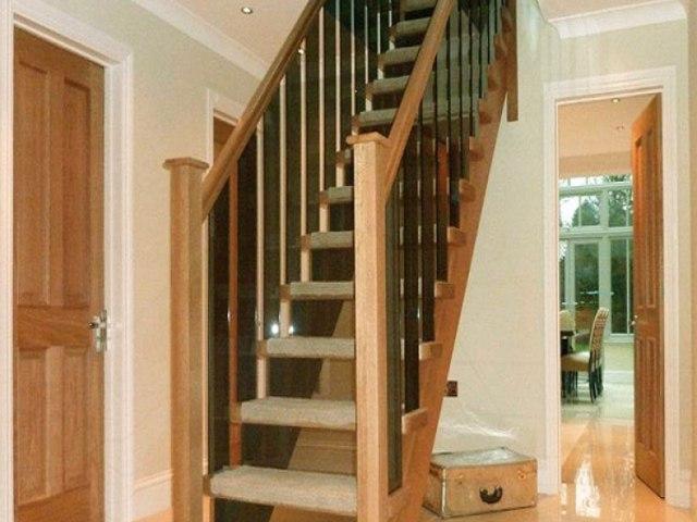 Деревянная лестница D-84 1