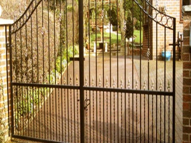Кованые ворота Z-16 1