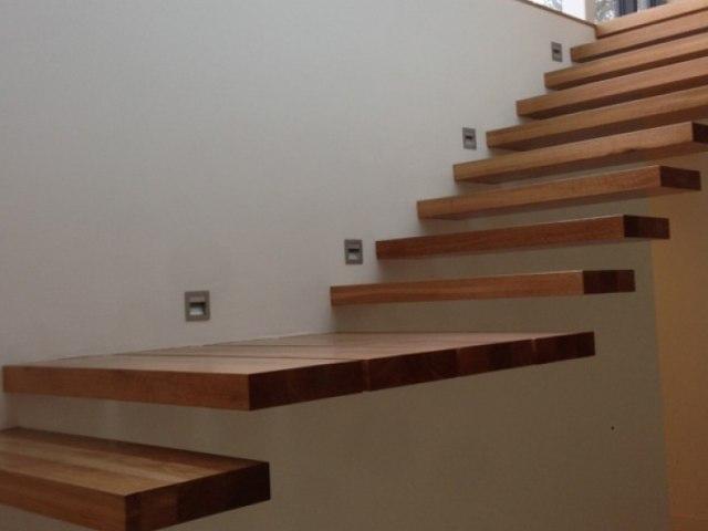 Деревянная лестница D-88 1