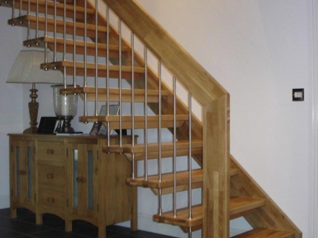 Деревянная лестница D-89 1