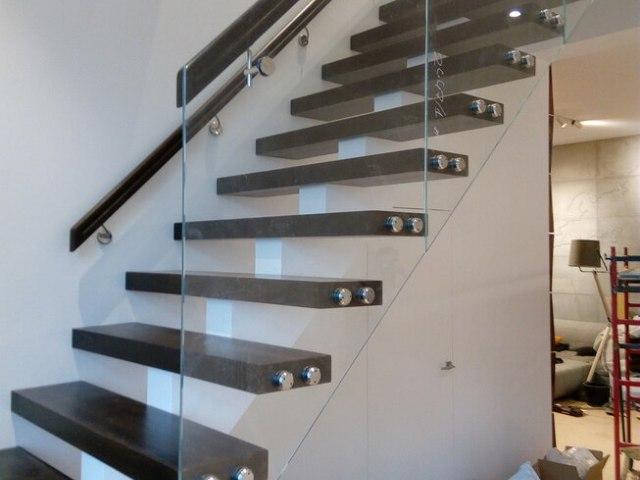 Лестница на монокосоуре DF7 3