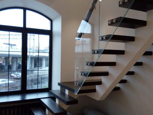 Лестница на монокосоуре DF7 7
