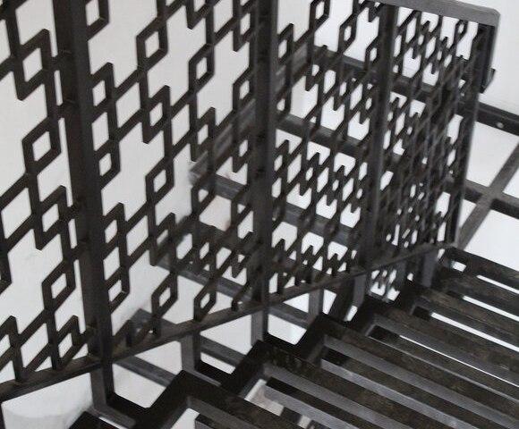 Лестница металлическая DF14 5