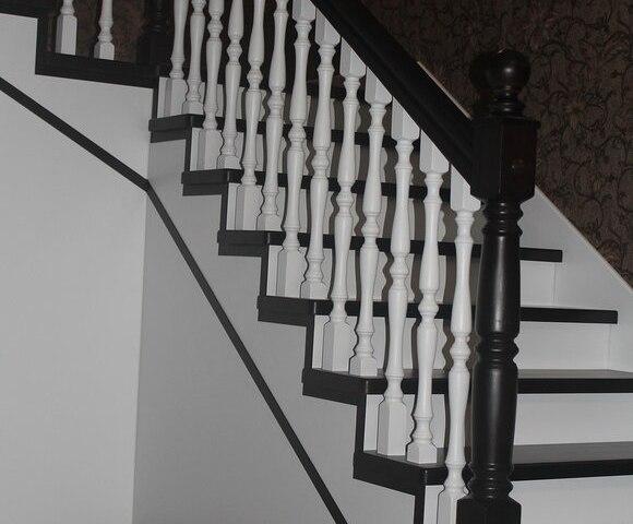 Лестница из массива дуба DF2 2