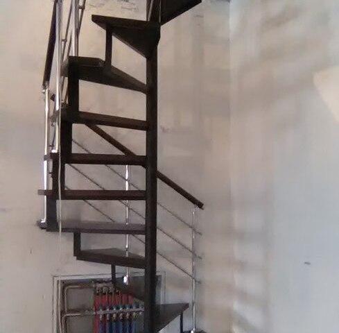 Винтовая лестница DF16 4